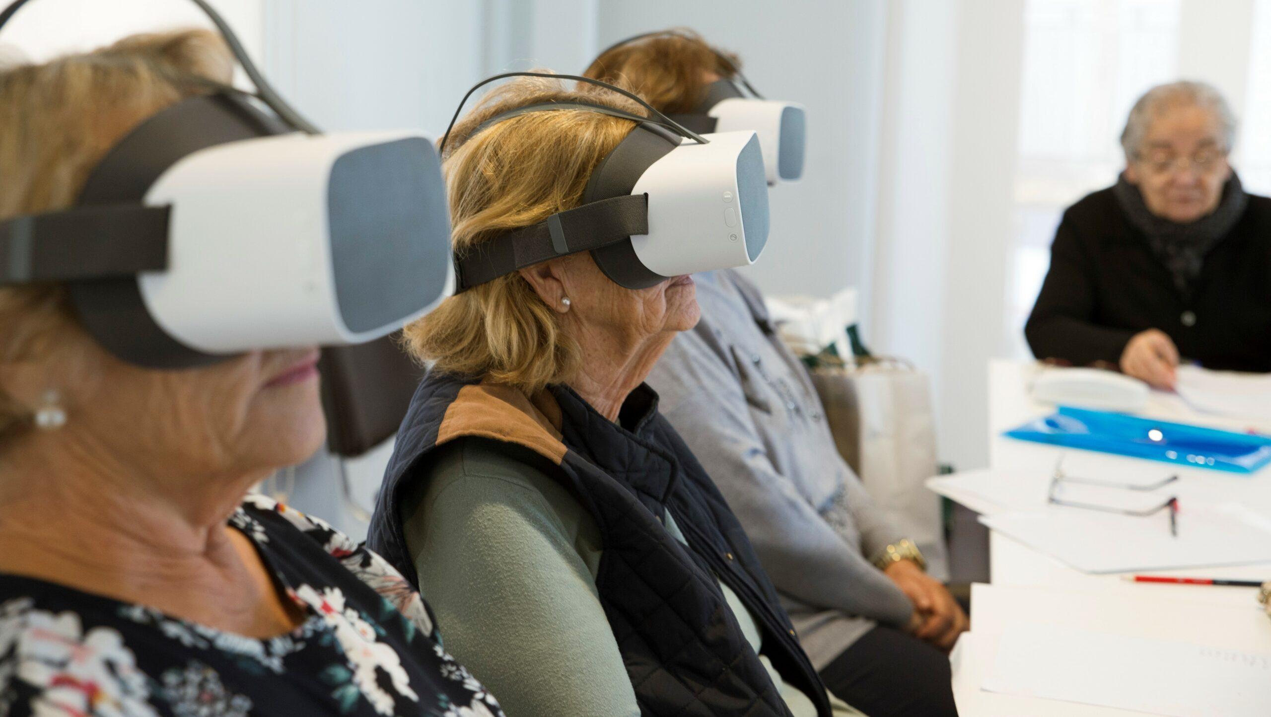 Taller de Estimulación Cognitiva Virtual con Vivirtual en Aznalcazar