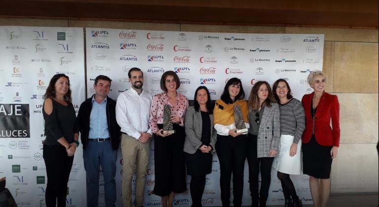 Camino Montaés CEO y Javier Llull CTO en la recogida de los IV Premios Coraje