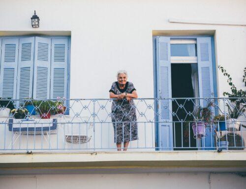 ¿Cómo ayudar psicológicamente a nuestros mayores en casa ante el COVID19?